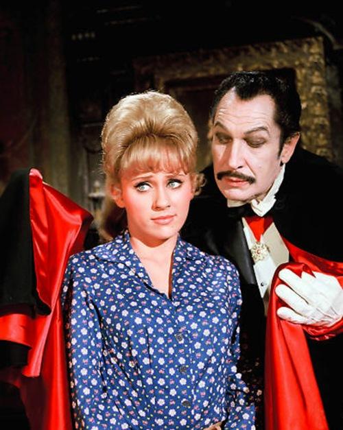 Sforza casts a vampire look at Jane